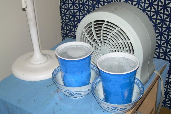 Những cách tuyệt hay tự tạo quạt phun sương đối phó nắng nóng mùa hè có thể giờ bạn mới biết - Ảnh 13.