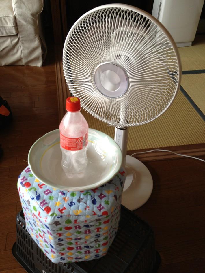 Những cách tuyệt hay tự tạo quạt phun sương đối phó nắng nóng mùa hè có thể giờ bạn mới biết - Ảnh 12.