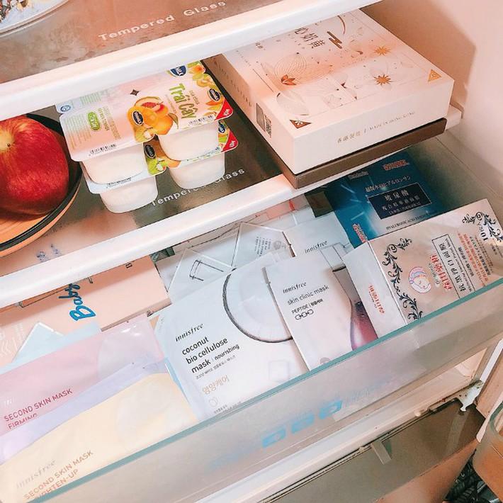 Trời mùa hè nắng nóng, mê nhất là cảm giác cất thứ này vào tủ lạnh sau đó đắp lên mặt - Ảnh 2.