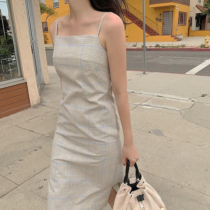 Việc lên đồ ngày nóng chẳng còn là cực hình với 10 gợi ý váy vóc max xinh và mát rười rượi này - Ảnh 5.