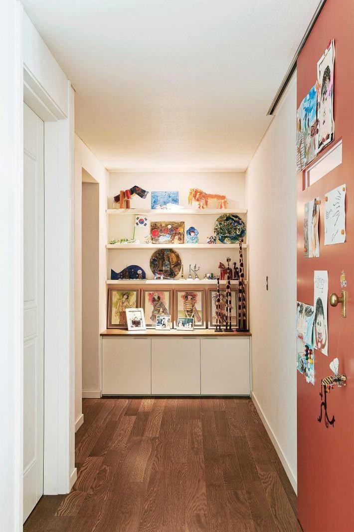 Căn hộ nhỏ xinh đẹp của bà mẹ Hàn đơn thân làm trong ngành thiết kế thời trang - Ảnh 11.