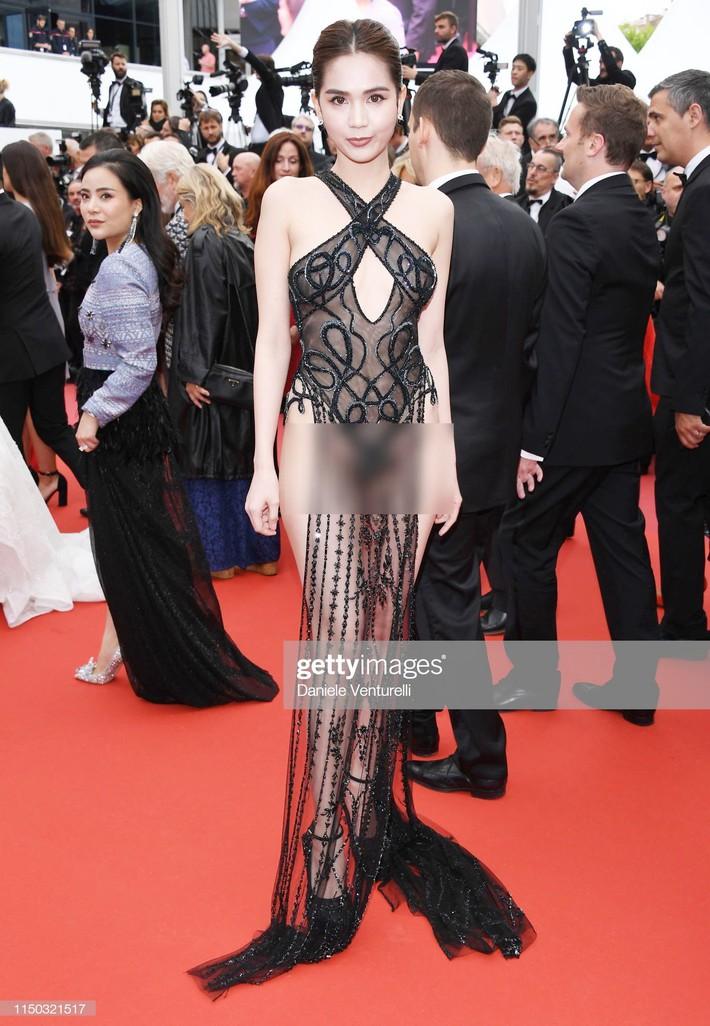 Ngọc Trinh với bộ váy hở bạo đứng đầu top quan tâm, lấn át cả công nương Kate và Victoria Beckham trên Daily Mail - Ảnh 1.