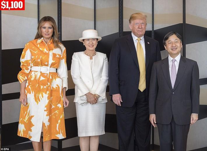 Bà Melania Trump chi gần nửa tỷ đồng trang phục cho chuyến thăm Nhật Bản 4 ngày, biến hóa từ sành điệu đến quý phái - Ảnh 7.
