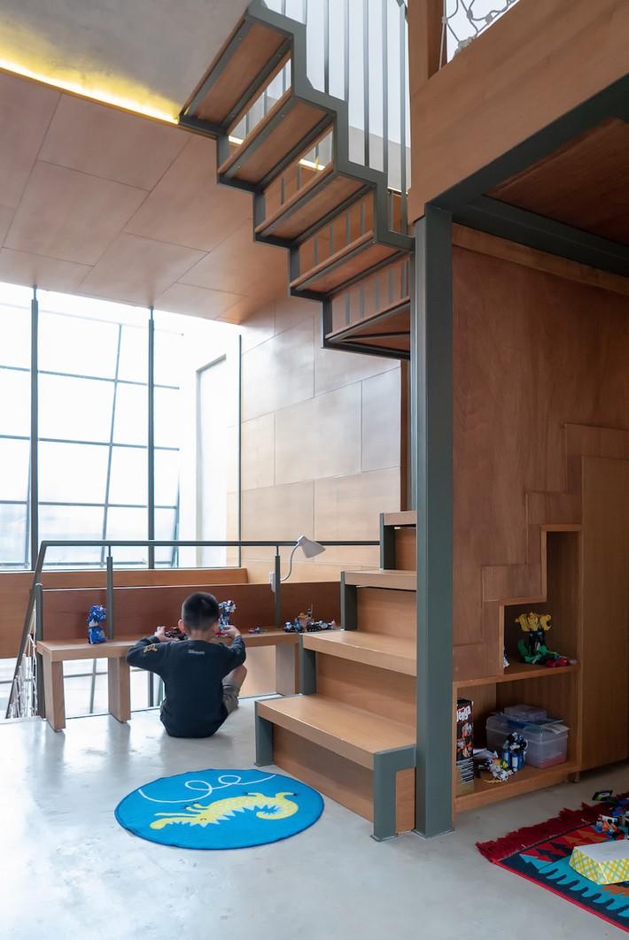 Ngôi nhà siêu mỏng, sâu hun hút vẫn cực tiện nghi cho gia đình trẻ - Ảnh 7.