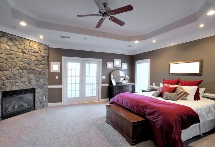 4 thứ bạn tuyệt đối không để dưới gầm giường tránh hao tài tốn của - Ảnh 2.