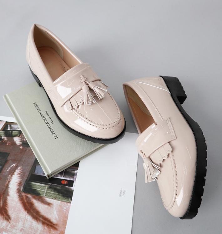 3 mẫu giày công sở với vẻ ngoài cá tính luôn được lòng các chị em nói không với bánh bèo - Ảnh 8.