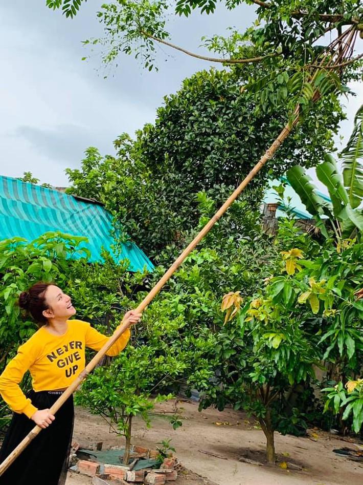 Ngất ngây trước vẻ đẹp biệt thự ngập tràn thiên nhiên của nữ ca sĩ Vy Oanh - Ảnh 7.