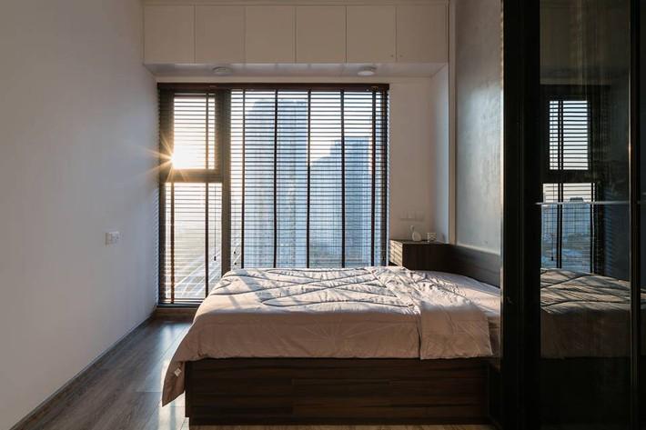 Căn hộ 50m² vừa tối giản, vừa đậm chất công nghiệp cực cá tính ở quận 2, Sài Gòn - Ảnh 8.