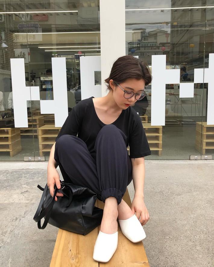 3 mẫu giày công sở với vẻ ngoài cá tính luôn được lòng các chị em nói không với bánh bèo - Ảnh 12.