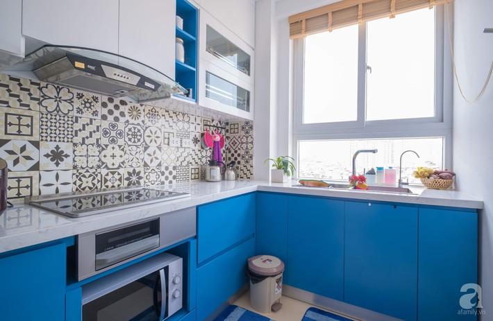 Căn hộ 66m2 với thiết kế đơn giản, thuận tiện cho cuộc sống hiện đại của gia chủ yêu màu xanh biển - Ảnh 9.