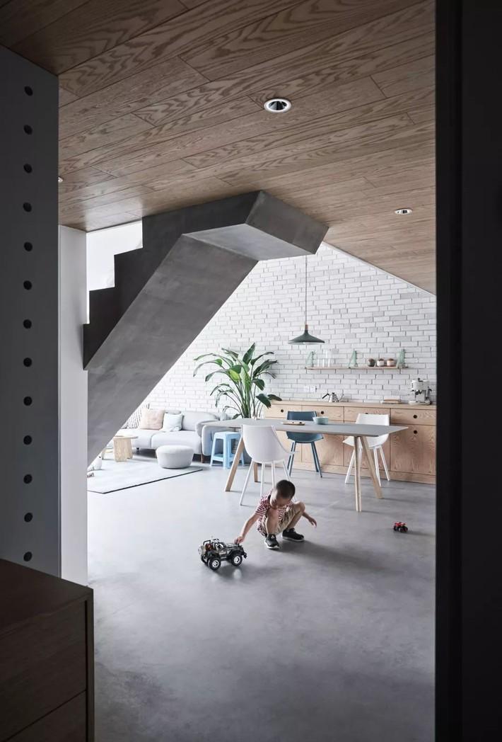 Cặp vợ chồng trẻ nới rộng căn hộ áp mái 85m2 thành không gian 115m2 sau cải tạo ai nhìn cũng mê - Ảnh 11.