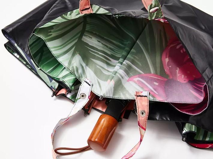 Mang theo chiếc ô ướt đi vào siêu thị, tàu điện ngầm không còn là nỗi xấu hổ nếu có chiếc ô ma thuật này - Ảnh 5.