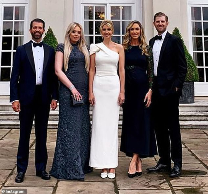 Gia đình nhà Trump: Cuối cùng cũng tìm thấy một nhân vật ... - Ảnh 6.