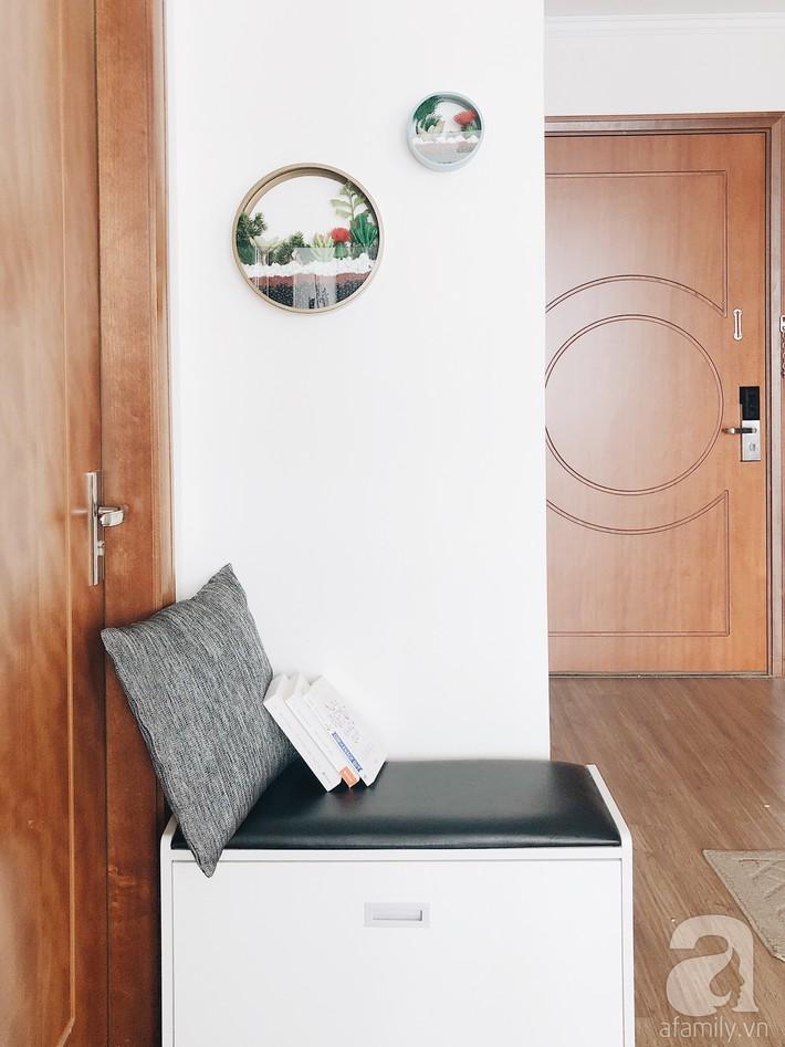 """Ngắm căn hộ 72m2 của cặp vợ chồng đam mê triết lý giản tiện từ """"Nữ hoàng dọn dẹp"""" Marie Kondo - Ảnh 20."""