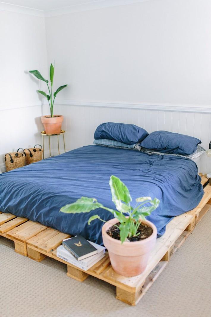 DIY-Pallet-Bed-2-778x1167