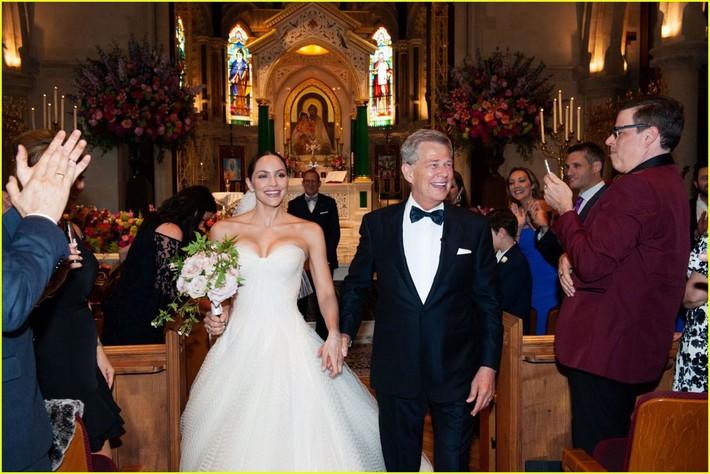 katharine-mcphee-david-foster-wedding-photos-11-15622353806272046000819