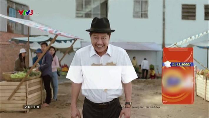 Hoàng Thùy diện áo dài trắng ngà cạnh HHen Niê với áo dài trắng tinh: đi trao học bổng mà ngỡ đang quảng cáo bột giặt - Ảnh 4.
