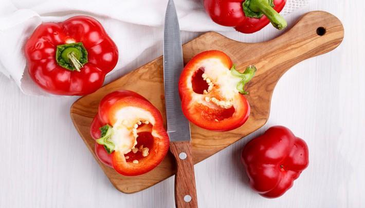 cortar-pimientos-rojos