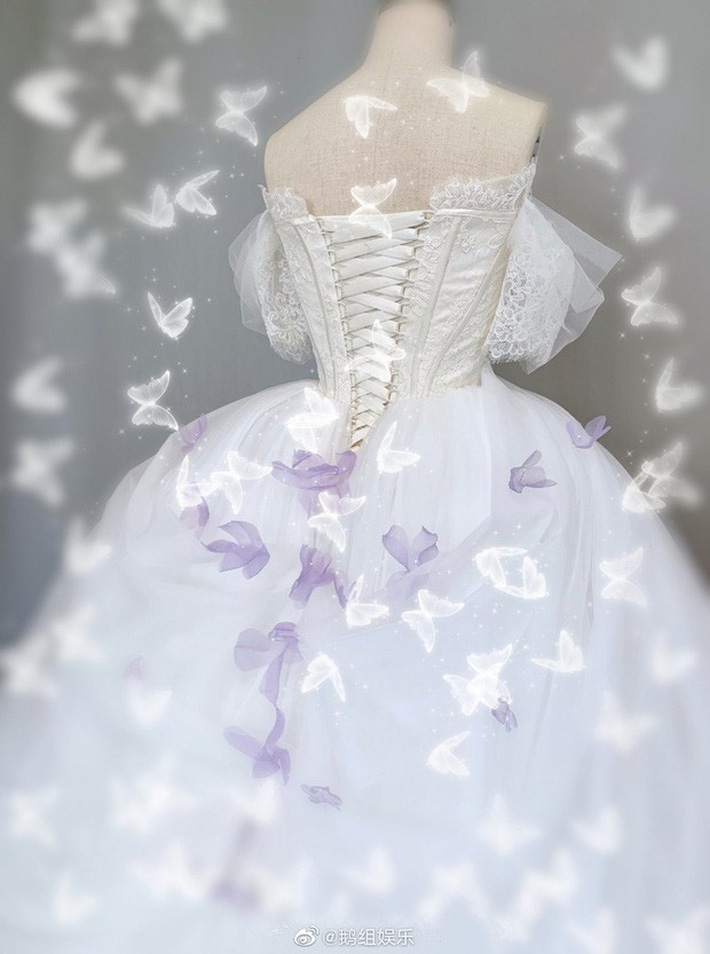 Rò rỉ ảnh váy cưới trong Full House bản Trung Quốc: được khen ăn đứt váy của Song Hye Kyo khi xưa - Ảnh 5.
