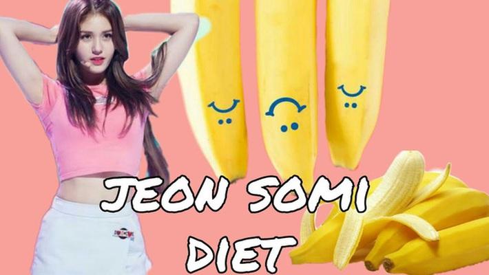 Học theo chế độ ăn kiêng với chuối giống Jeon Somi, nữ vlogger người Canada giảm được 3,6kg trong 3 ngày - Ảnh 2.