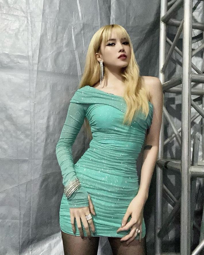 Để chứng minh mình dáng chuẩn, sao Việt nô nức diện kiểu váy siêu ngắn siêu bó siêu kén dáng - Ảnh 4.