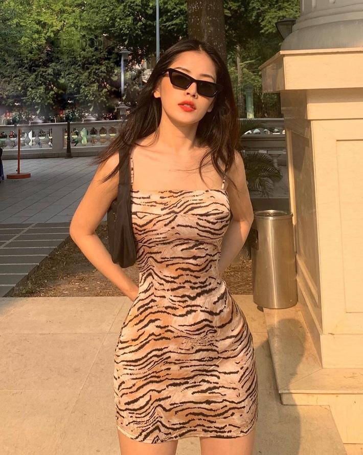 Để chứng minh mình dáng chuẩn, sao Việt nô nức diện kiểu váy siêu ngắn siêu bó siêu kén dáng - Ảnh 1.