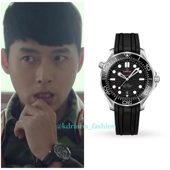 Đã đẹp trai thì chớ, anh quân nhân Hyun Bin trong Crash Landing On You còn toàn diện đồ hiệu, có món lên tới 200 triệu đồng - Ảnh 1.