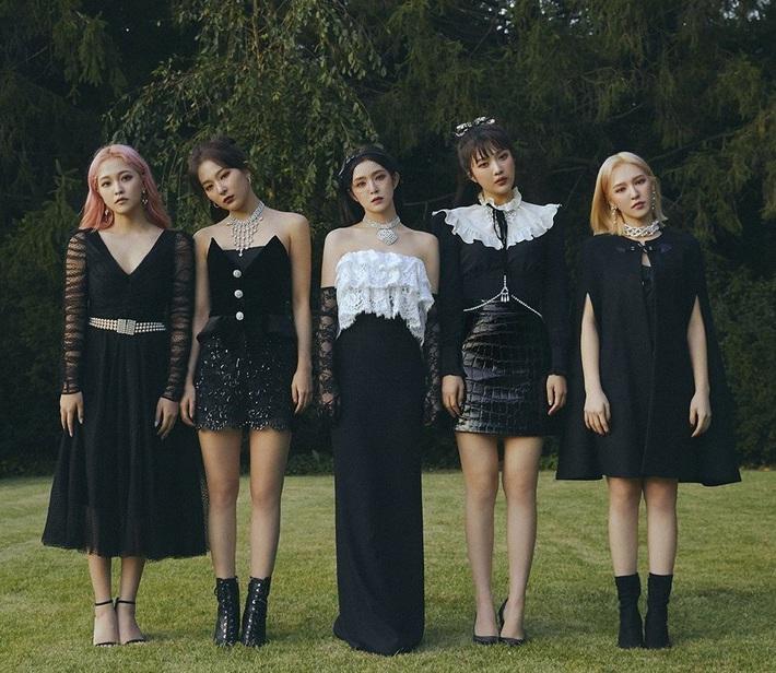 Stylist của ITZY nhận giải Phong cách của năm, dân tình không phục mà đồng lòng gọi tên Black Pink, Red Velvet, Chung Ha - Ảnh 6.