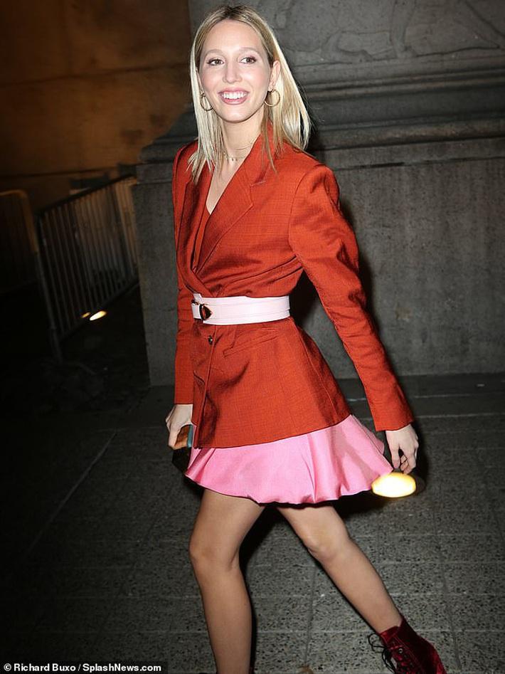 Lấn lướt sao Hollywood, công chúa Hy Lạp là người chạy show ác nhất NYFW, ngày vài ba show mà lên đồ đẹp mê không trùng phát nào - Ảnh 4.