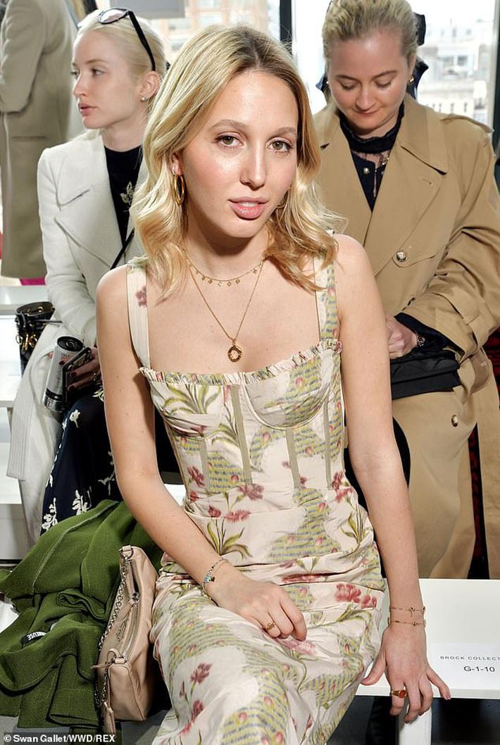 Lấn lướt sao Hollywood, công chúa Hy Lạp là người chạy show ác nhất NYFW, ngày vài ba show mà lên đồ đẹp mê không trùng phát nào - Ảnh 7.