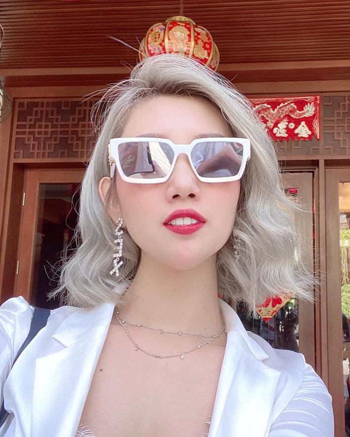 Sao Việt đua nhau đổi tóc mới: Châu Bùi tóc tém, Tóc Tiên tóc chóe nhưng không ai thi lão hóa ngược được với Nhã Phương - Ảnh 7.