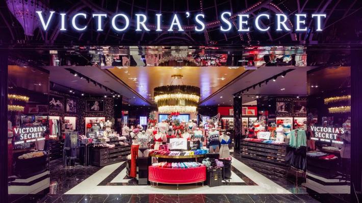 Scandal bủa vây, kinh doanh ế ẩm, thương hiệu nội y Victorias Secret có khả năng sẽ bị bán tống bán tháo - Ảnh 2.