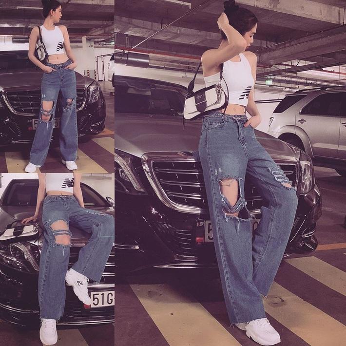 Ngọc Trinh dáng chuẩn nên mặc quần jeans đẹp mê là đương nhiên, mỗi tội lại có đôi lần mix đồ hơi lỗi - Ảnh 4.