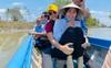 Vừa lắp một loạt máy lọc nước ngọt cho người dân miền Tây, Thủy Tiên tiếp tục có hành động khiến ai cũng nể phục trong mùa dịch