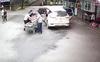 Cấp cứu sản phụ sinh con trên xe taxi