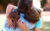 Bức tâm thư người mẹ dành tặng con trai sau khi nhận kết quả thi khiến ai nấy đều nghẹn ngào, cay mắt
