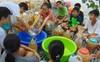 Không chỉ học, có 1 ngôi trường nơi học sinh biết chế tạo nước tẩy rửa sinh học từ phế thải nhà bếp