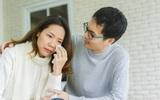 """Vợ khóc lên khóc xuống vì đi """"hóng"""" được tin Sơn Tùng và bạn gái chia tay"""