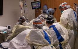 Bác sĩ Mỹ tái nhiễm SARS-CoV-2 sau gần 2 tháng khỏi bệnh