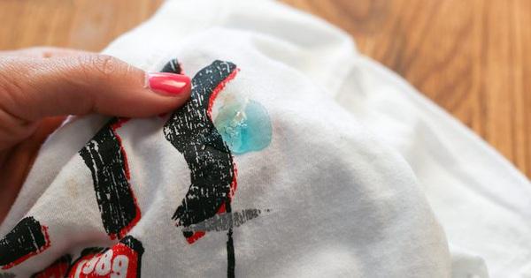 6 mẹo nhỏ giúp quần áo của bạn luôn mới đẹp dù giặt bằng máy giặt