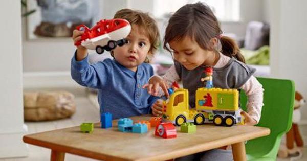 """Bí kíp chọn đồ chơi cho trẻ mẹ nào cũng nên """"thuộc nằm lòng"""""""