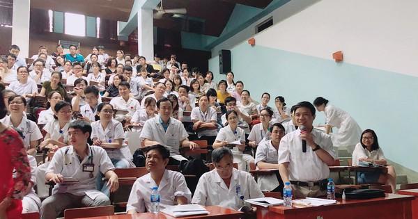 Gần 300 bác sĩ tham gia hội thảo Miễn dịch Nhi khoa