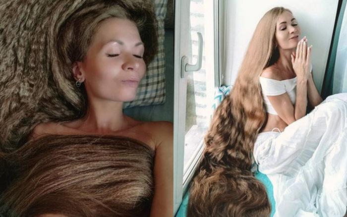 Nhận lời thách thức từ bạn, cô gái xinh đẹp cương quyết không cắt tóc suốt gần 2 thập kỷ, hình ảnh hiện tại khiến ai cũng ngất ngây