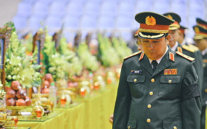 Những khoảnh khắc xúc động mà đầy hào hùng ngày tiễn đưa 22 liệt sĩ Quảng Trị về với đất mẹ
