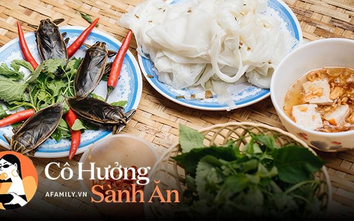 Bánh cuốn cà cuống món ăn tưởng đã thất truyền, nào ngờ vẫn được người phụ nữ 30 năm bán trên phố Nguyễn Khuyến gìn giữ, ai ăn thử một lần