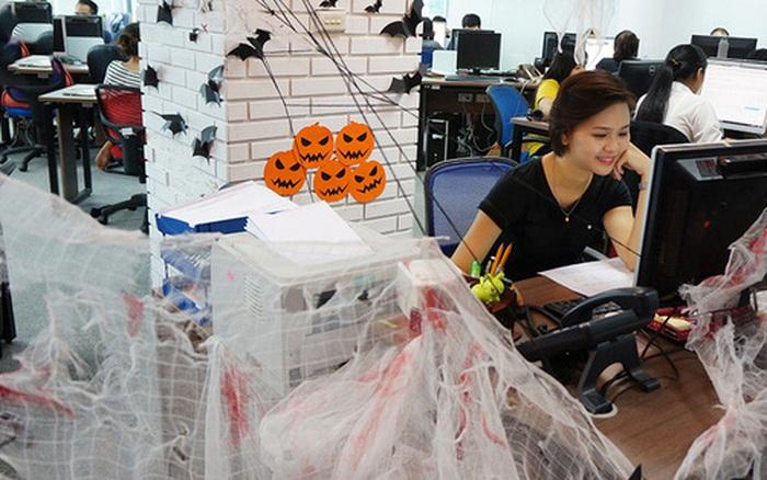 Trang trí văn phòng rùng rợn chào đón Halloween chỉ với những món đồ giá rẻ mua đâu cũng có