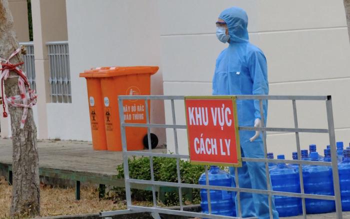 TP.HCM: Cách ly tập trung 3 người tiếp xúc chuyên gia nước ngoài dương tính SARS-CoV-2 sau khi từ Việt Nam về Nhật Bản