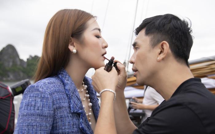 Chuyên gia trang điểm Tony Nguyễn tiết lộ về tính cách thật sự của Á hậu Tú Anh sau vẻ ngoài dễ thương, nhí nhảnh