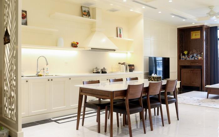 """Phong cách bán cổ điển được áp dụng """"hoàn hảo"""" trong căn hộ 121m² ở Hà Nội"""
