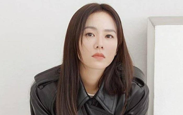 Son Ye Jin tái xuất cực kỳ xinh đẹp với nhãn hiệu đồ cưới, động thái đầu tiên sau thông tin Hyun Bin đã có bạn gái mới